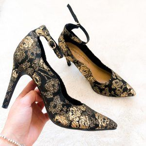 Christian Siriano Black Gold Ankle Strap Heels 6.5